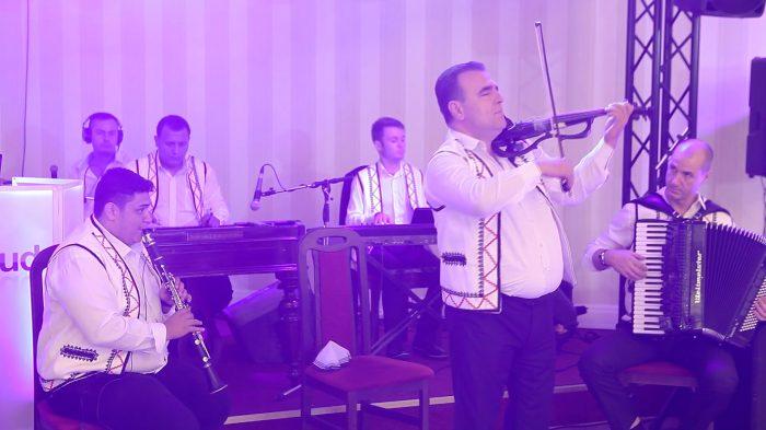 Taraf nunta Bucuresti - http://wowband.ro/taraf-nunta/